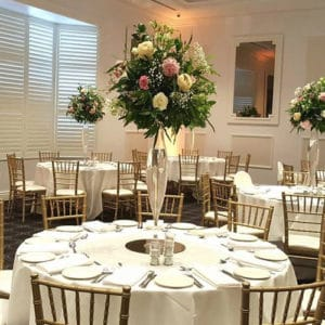 floral centrepiece for table